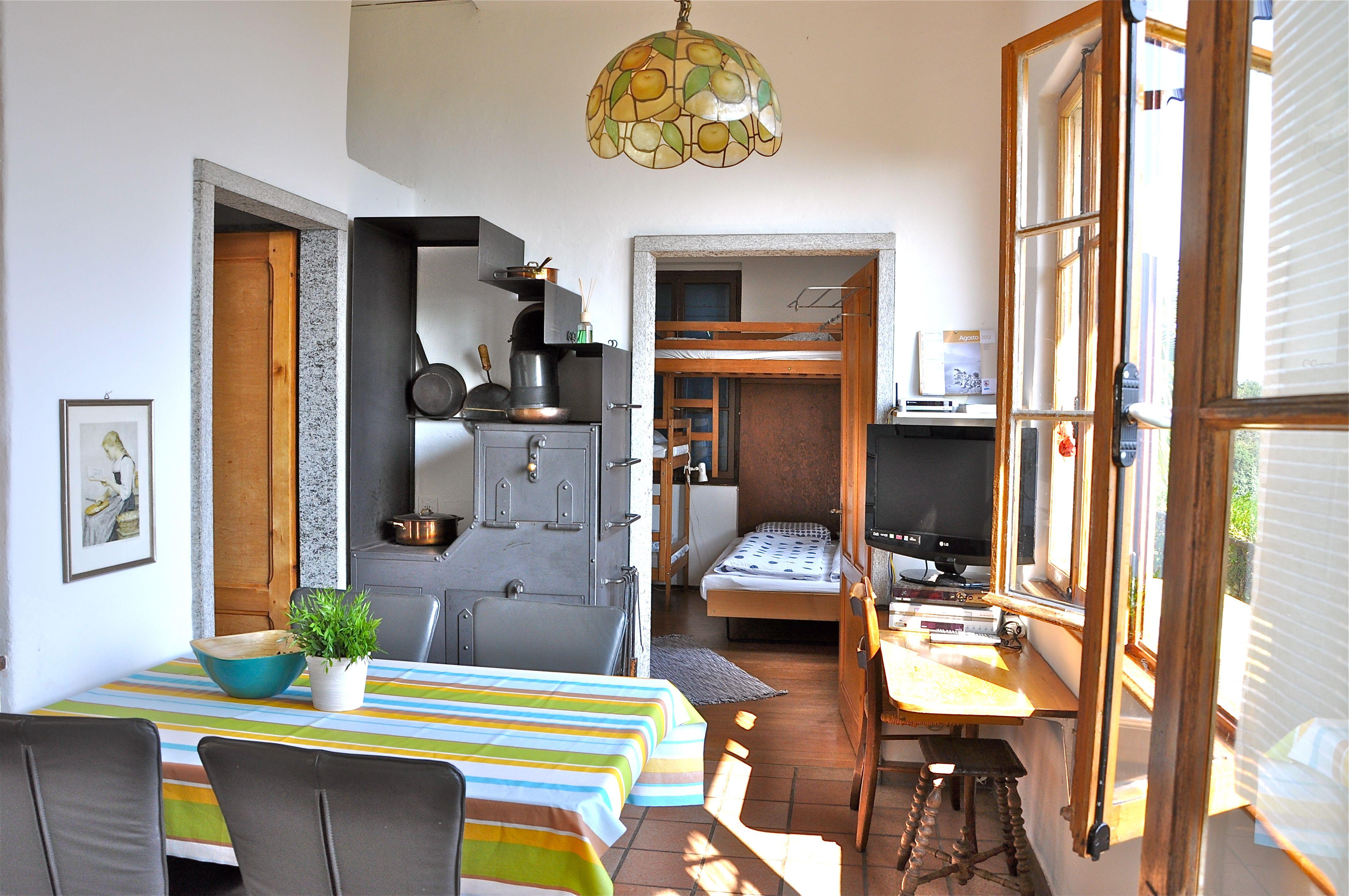 ferienwohnung tessin mit hund ferienhaus tessin mit hund. Black Bedroom Furniture Sets. Home Design Ideas